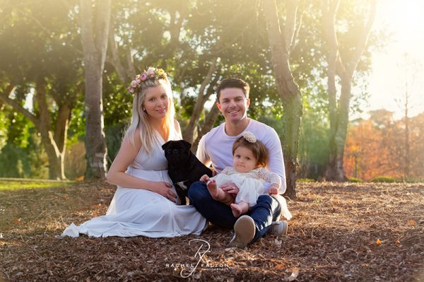 Bint family with dog
