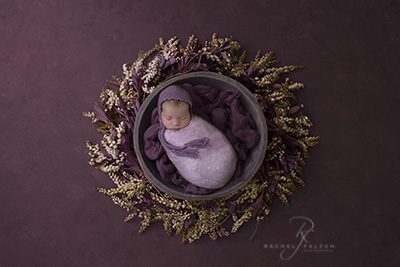Baby Sienna newborn penrith in a bowl-sml